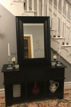 Stylish Console and Mirror